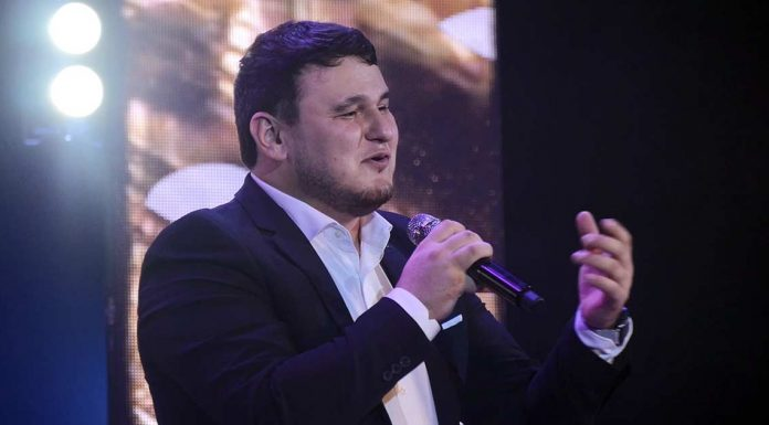 Вышла видео-версия концерта Рустама Нахушева