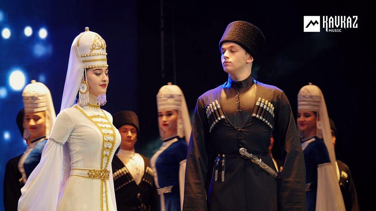 Танец «Тюз тепсеу», концерт ансамбля «Насып»