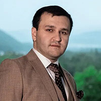 Чарим Озроков