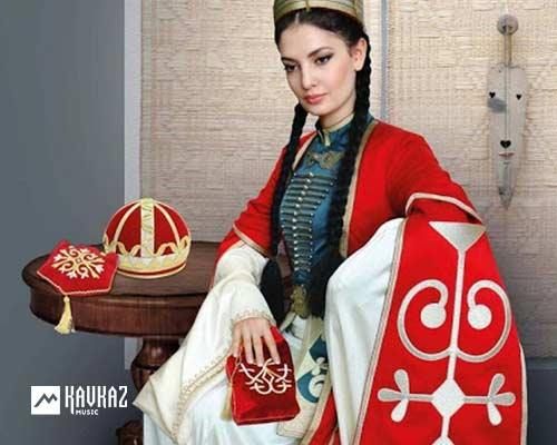 День национального адыгского (черкесского) костюма