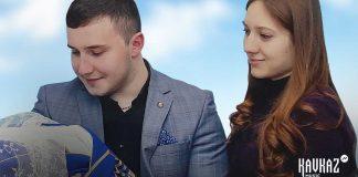 Артур Кунижев посвятил песню своим родителям