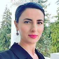 Оксана Хакулова
