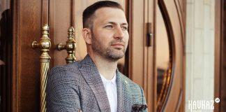 Композицию о личном счастье презентовал Азамат Беков