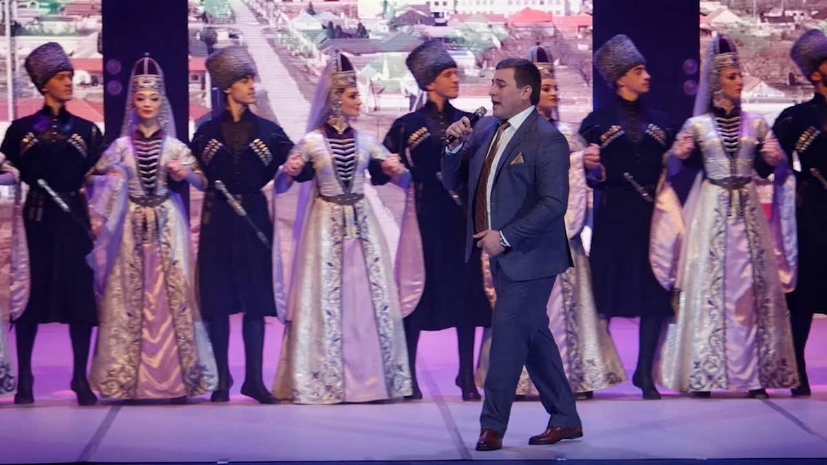 Состоялась премьера видеоверсии концерта Аслана Тхакумачева «Си гурыщlэ щэху» («Тайна моей любви»)