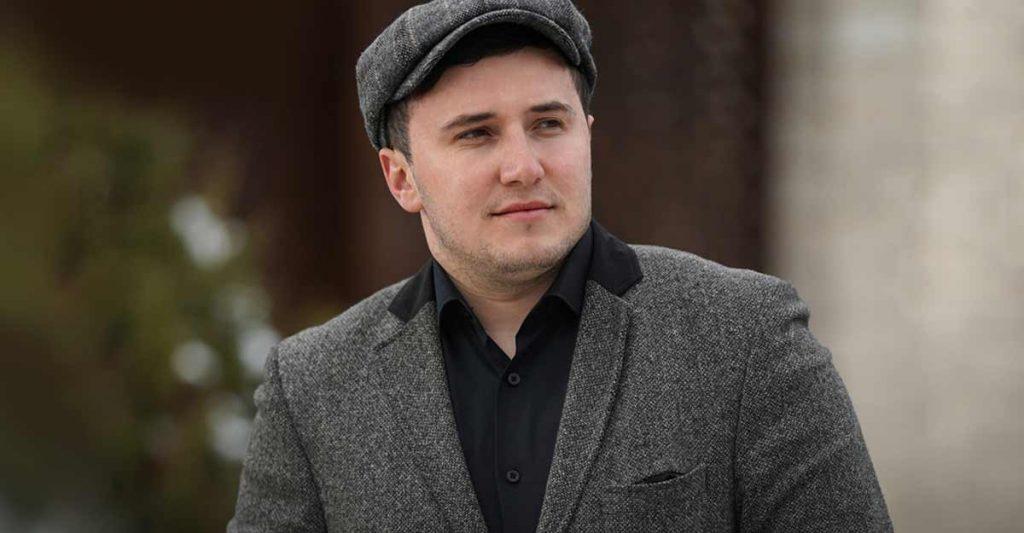 Артур Кунижев презентовал песню «Уэзыращ»